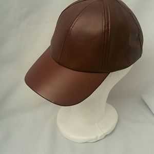 David & Young  New York Leather Cap